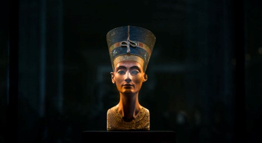Queen-Nefertiti.jpg